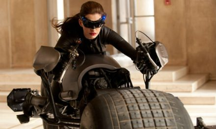 First look at Anne Hathway as Catwoman in THE DARK KNIGHT RISES