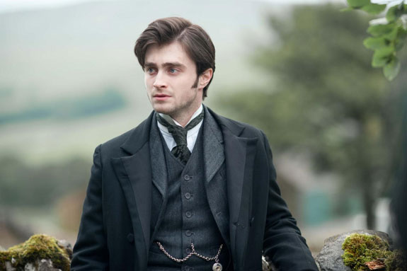 See Daniel Radcliffe star in the trailer for THE WOMAN IN BLACK