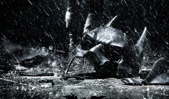 THE DARK KNIGHT RISES trailer is here!
