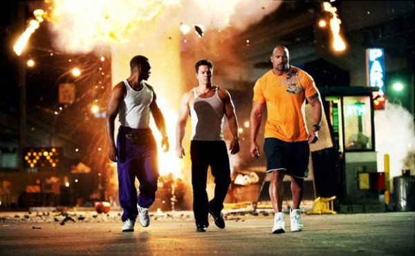 pain-and-gain-mark-wahlberg-dwayne-johnson-600x371
