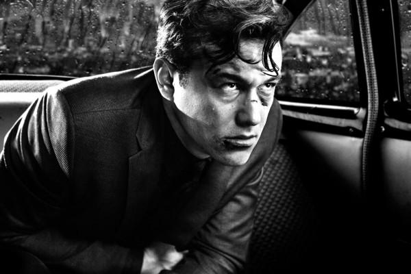 First SIN CITY: A DAME TO KILL FOR Trailer!