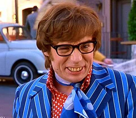 Mike Myers officially signs on for AUSTIN POWERS 4!