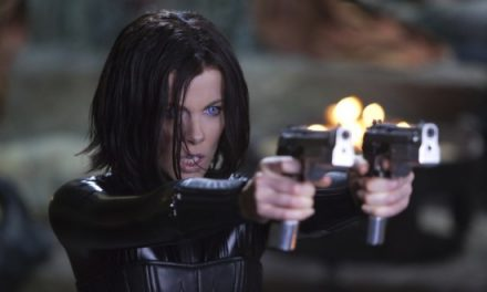 Awesome new UNDERWORLD AWAKENING trailer!