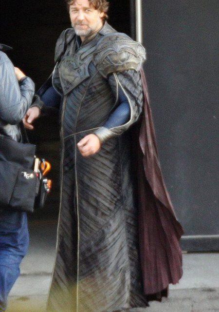 First look at Russell Crowe as Jor-El in MAN OF STEEL!