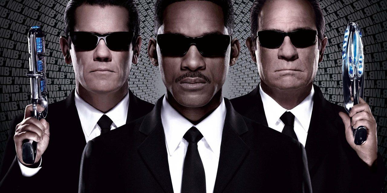 MEN IN BLACK 3 Movie Review