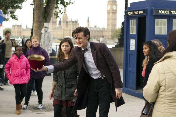 "DOCTOR WHO: ""THE BELLS OF SAINT JOHN"" TV Review"