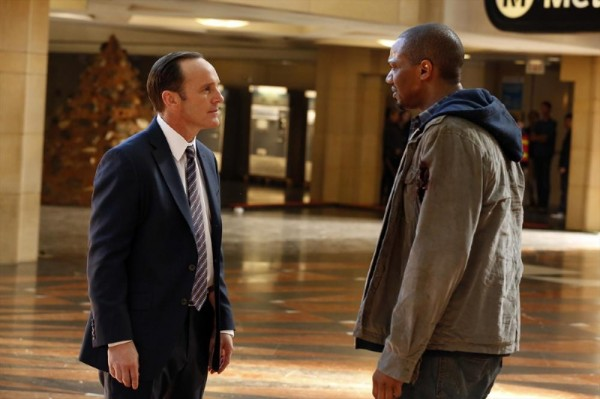 agents-of-shield-clark-gregg-j-august-richards-1-600x399