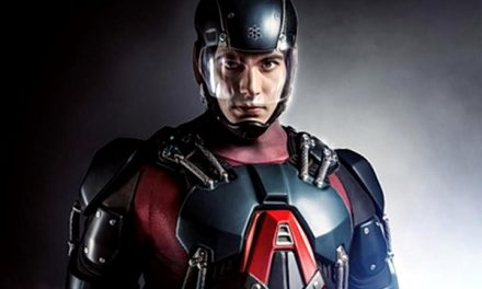 First Look at Brandon Routh's Atom Costume On ARROW!
